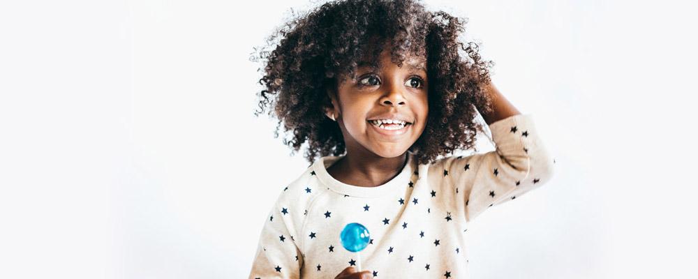 Przewodnik Dla Taty 3 łatwe Fryzury Na Włosy Afro Remington